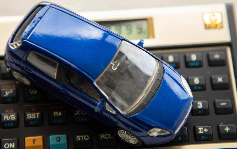Descubra como usar a Tabela FIPE para calcular o valor do IPVA