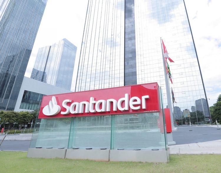 Santander lança promoção para financiar móveis e materiais de construção