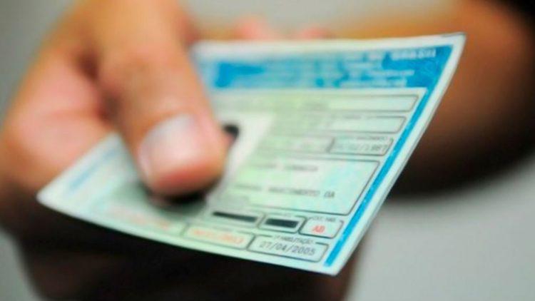 O que muda sobre CNH, multas e CRLV com a nova lei de trânsito?