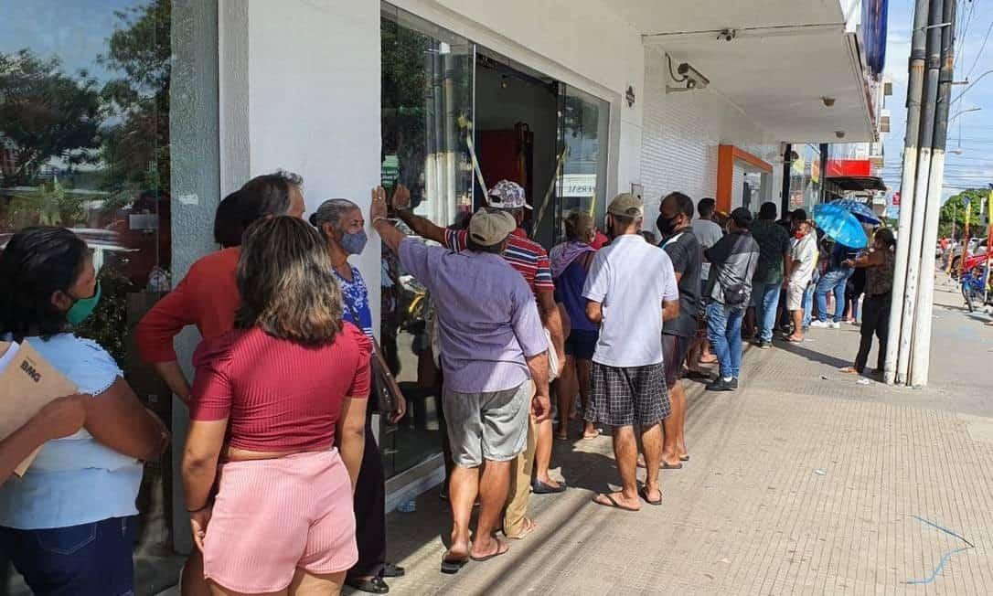 Moradores do Macapá relatam perca de alimentos, ataque de mosquitos e medo de violência