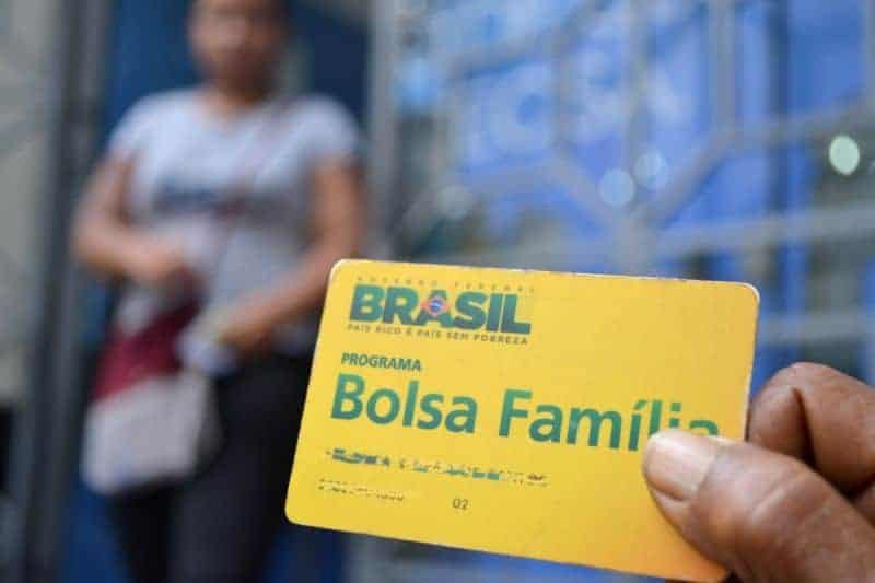 Bolsa Família 2021: Guedes defende ESTAS formas para financiar novo programa