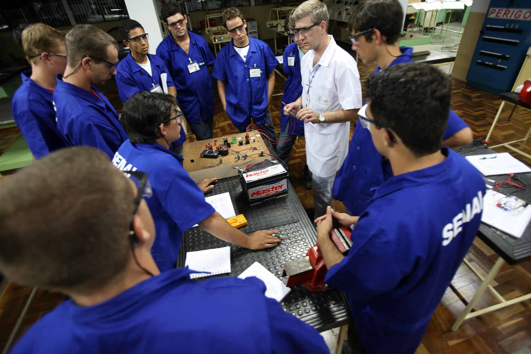 SENAI cria parcerias para contratação de Jovem Aprendiz em 21 estados