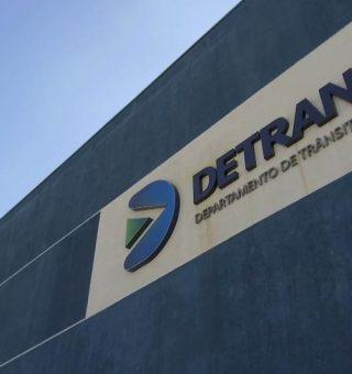 A população do Paraná pode realizar diversos serviços do Detran-PR de forma mais prática pela internet
