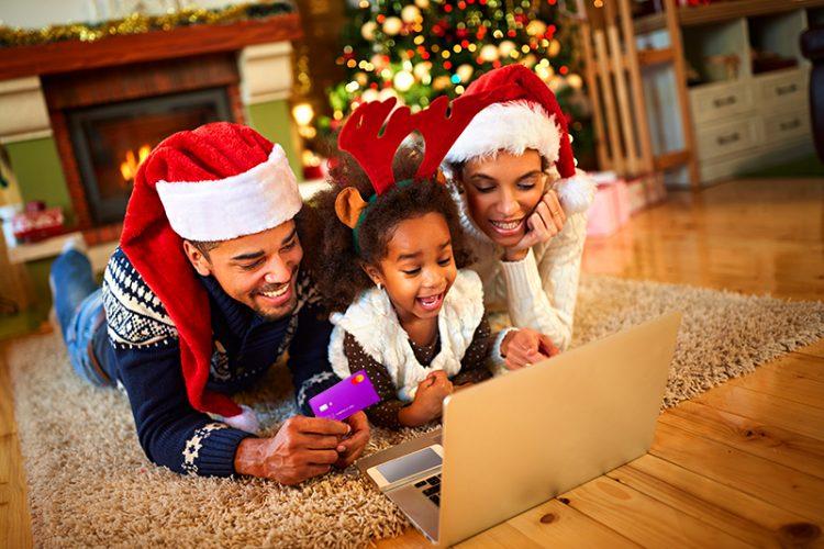 Pandemia da COVID-19 impulsiona quantidade de presentes virtuais para o  Natal de 2020