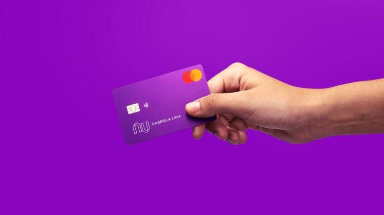 Por meio da parceria do Nubank com Amazon Prime, clientes poderão ter até R$ 50 em cashback