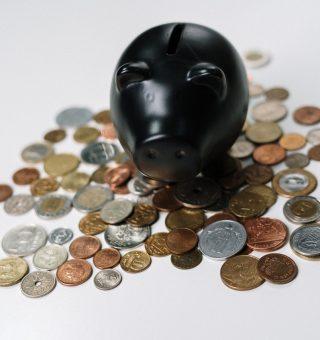 Confira dicas de especialistas para organizar as finanças