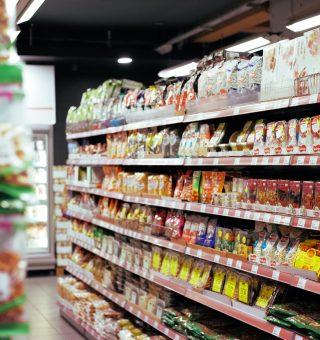 Lista de produtos da cesta básica para comprar com auxílio emergencial