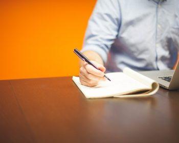 Trabalha no regime CLT? Veja regras para abrir sua empresa e se tornar MEI