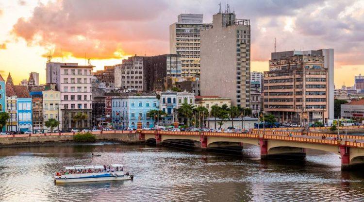 Pernambuco inicia nova fase de flexibilização do comércio nesta segunda (26)