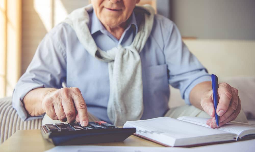 Quem pode fazer o pedido de revisão da aposentadoria do INSS?