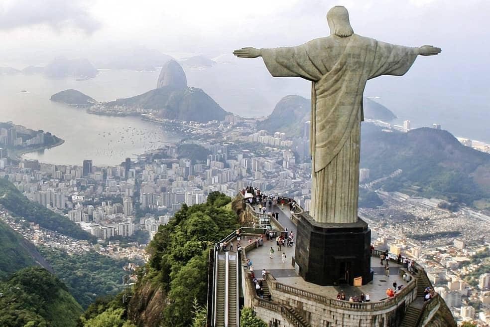 Funcionamento de bares e restaurantes nas principais cidades turísticas do Brasil