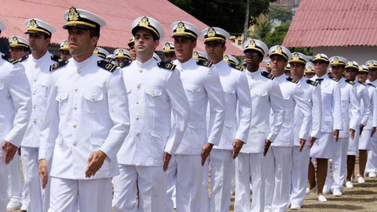 Concurso da Marinha abre 980 vagas de emprego com DOIS editais