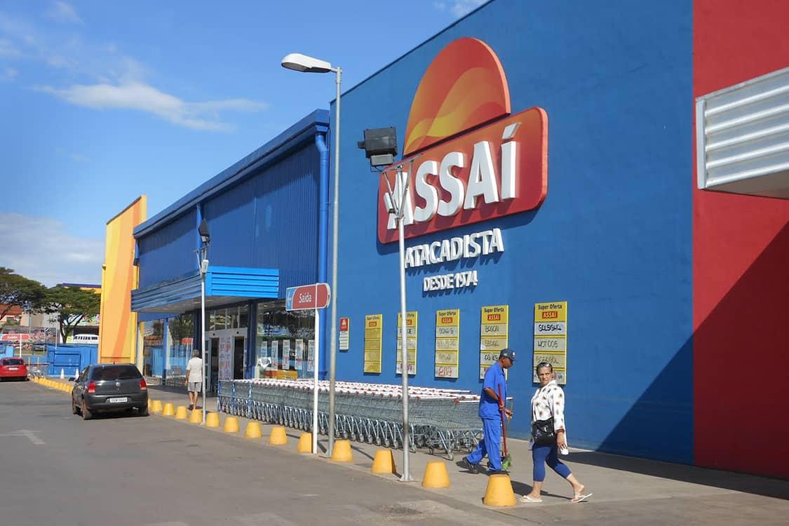Como economizar nas compras de fim de ano usando o cartão de crédito Assaí
