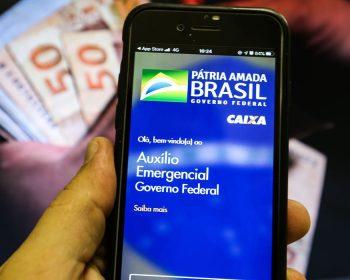 Fim do auxílio emergencial reflete no bolso do brasileiro; como encontrar uma solução?