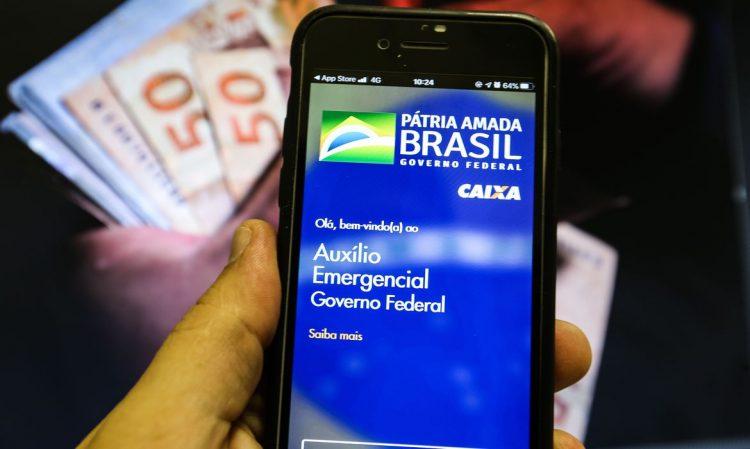 Auxílio emergencial 'em processamento'; o que isso quer dizer?