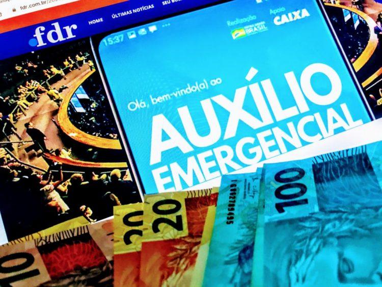 Auxílio emergencial vai VOLTAR! Metade dos inscritos devem receber, diz Guedes