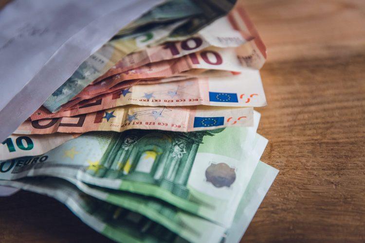 C6 Bank cria conta internacional com funções e benefícios inéditos