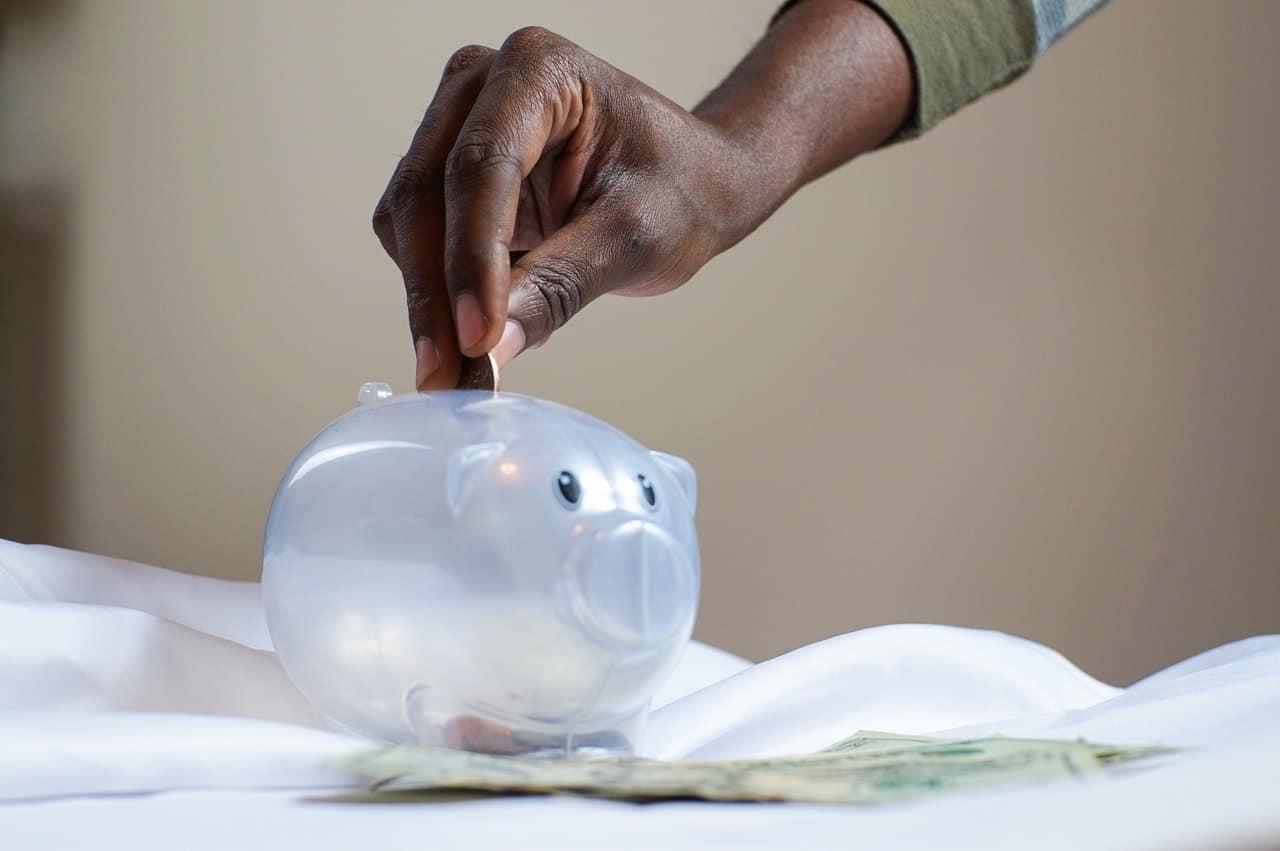 Nubank, Banco Inter e PagBank prometem fazer seu dinheiro render mais que a poupança