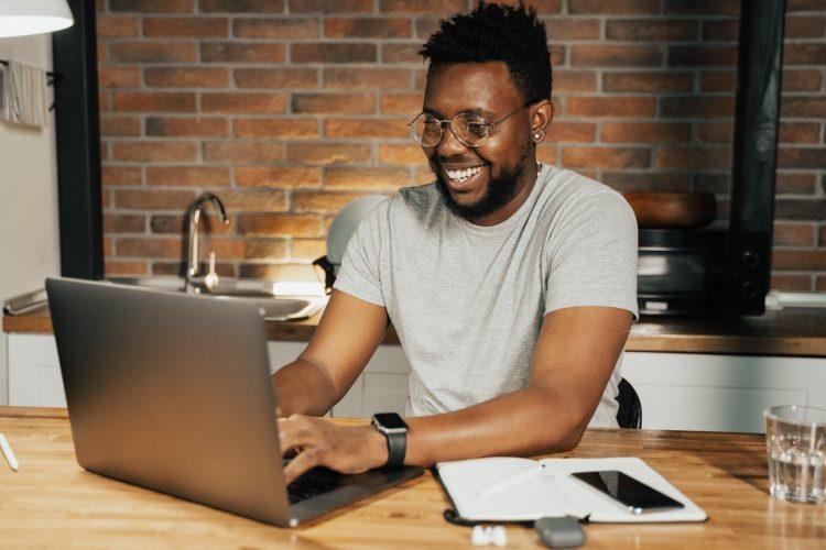 Empréstimo para MEI pode liberar até R$25 MIL para investir na sua empresa