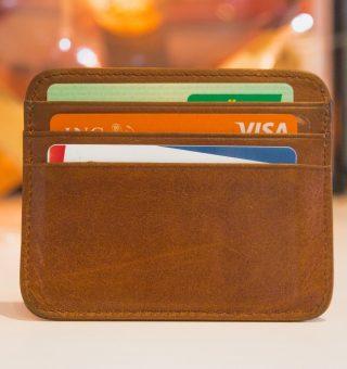 Dívidas com cartão de crédito? Veja quem procurar para negociação