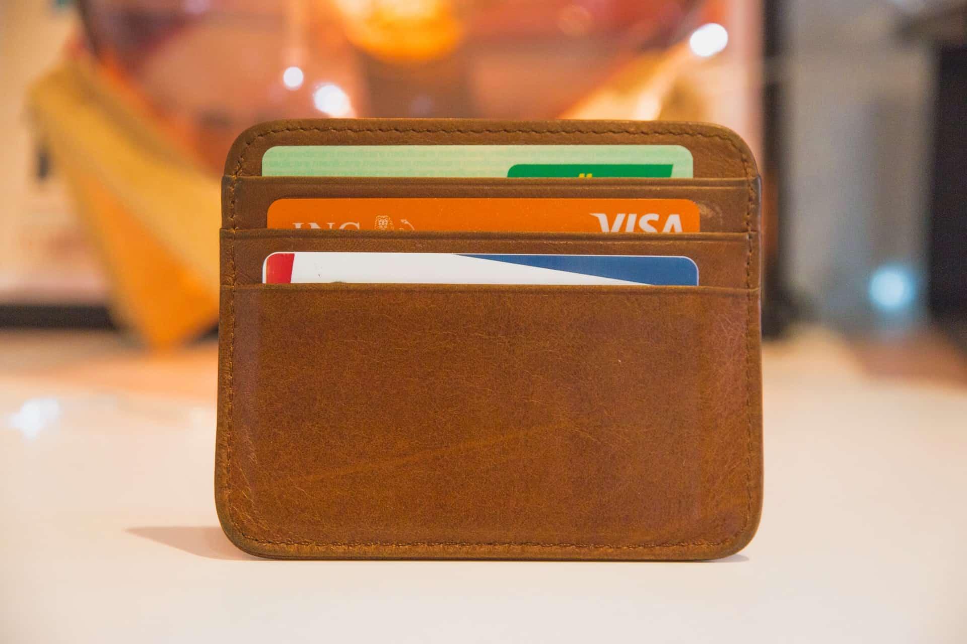 Sete opções de cartão de crédito para quem tem score baixo