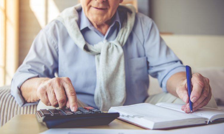 Revisão do INSS: 2021 será último ano para 1,4 milhão solicitarem reajuste no salário