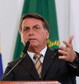 Bolsonaro quer mudanças no IRPF, mas se diz impossibilitado porque