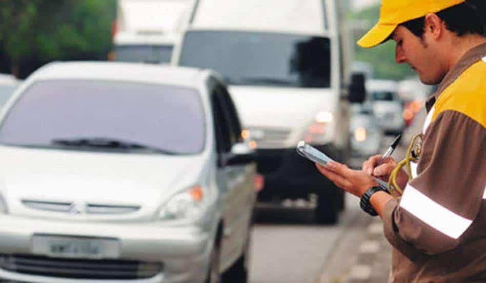 Evite multas de trânsito na sua CNH seguindo ESTAS dicas