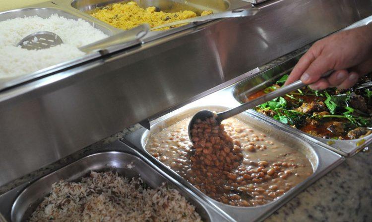 Safra do feijão e arroz será diminuída; brasileiros precisam se preocupar?