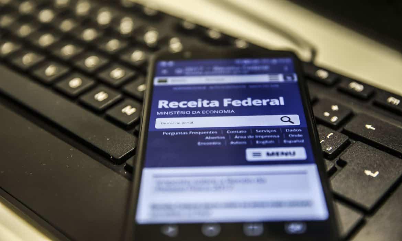 Sou dependente em Imposto de Renda, posso receber auxílio emergencial? (Imagem: Marcello Casal Jr/Agência Brasil)