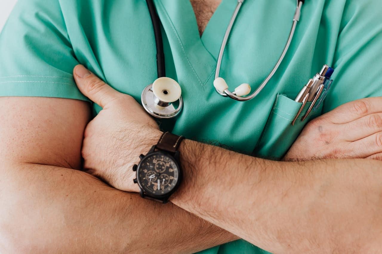 Valor do plano de saúde muda a partir de janeiro; entenda impactos no seu bolso