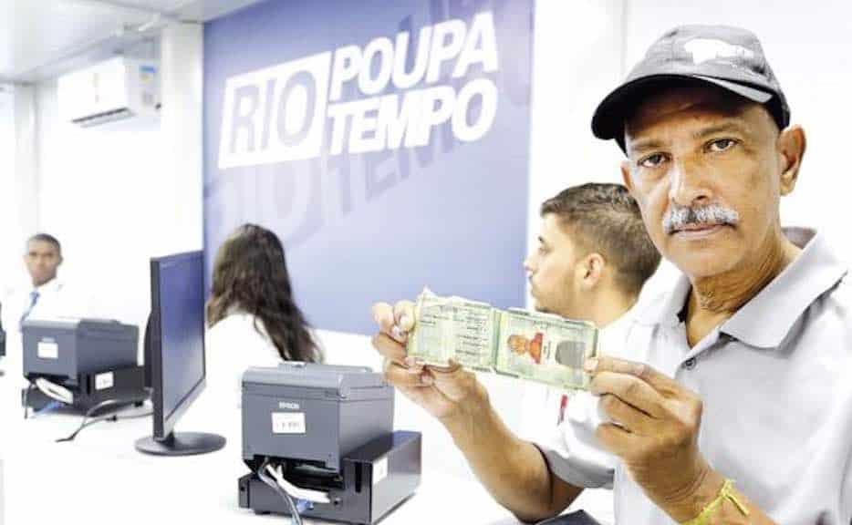 Detran RJ publica prazo para retirar documentos solicitados no Rio Poupa Tempo
