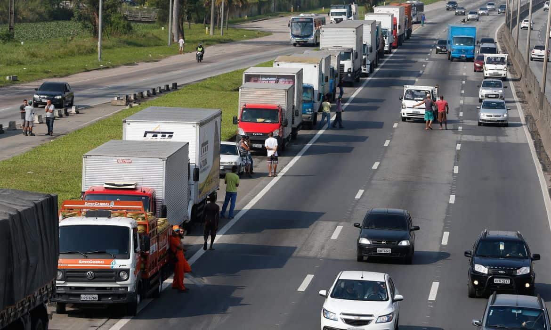 CCR e Ecorodovias temem nova greve dos caminhoneiros nas estradas