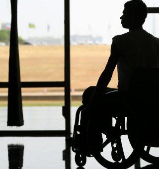 Pessoas com deficiência reclamam após Detran-MS ignorar direitos na compra de veículos