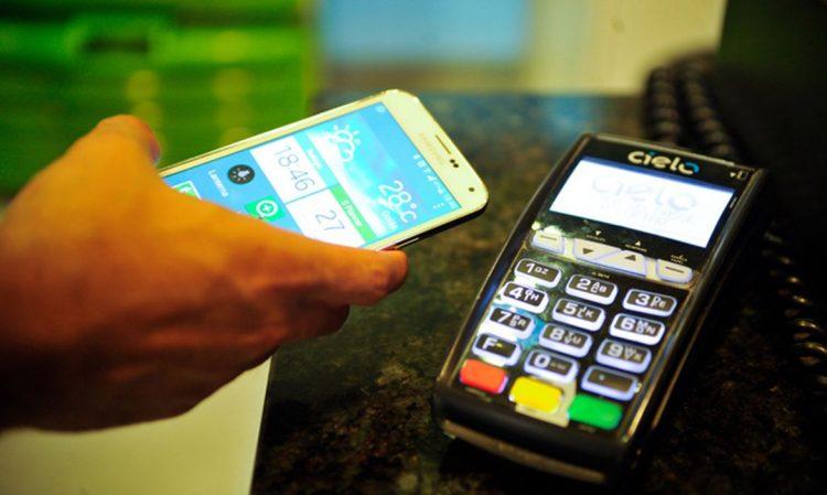 PIX será nova solução para substituir débito e dinheiro? Saiba o que dizem especialistas
