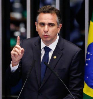 Rodrigo Pacheco assume presidência do Senado; entenda impactos para o Brasil