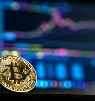 Preço do bitcoin tem nova estabilidade após queda dos últimos dias