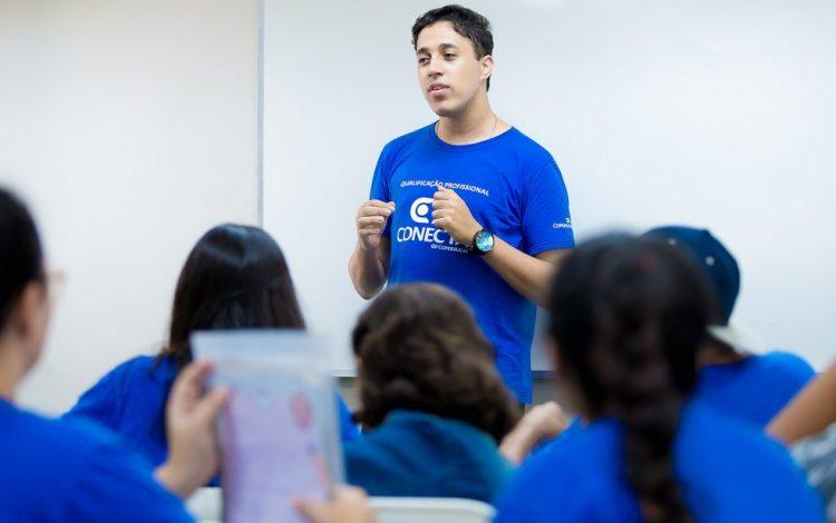 Vagas em cursos gratuitos são abertas NESTA empresa de Ribeirão Preto