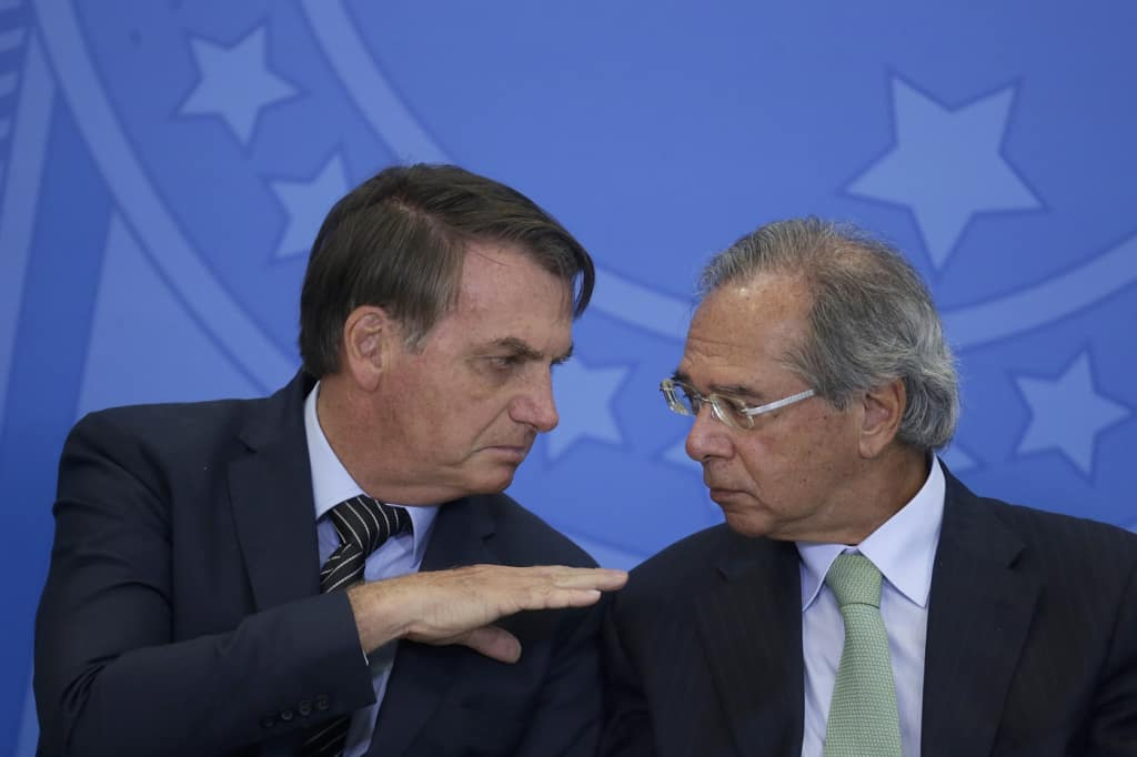 Guedes entra na mira! Bolsonaro se irrita com economia e promete demissões