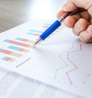 Nubank realiza pesquisa que mostra crescimento de 1.100% no investimento por jovens