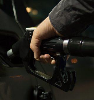 Petrobras anuncia novo valor para gasolina e diesel nas refinarias