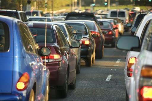 Multas de trânsito terão 40% de desconto com nova lei do país