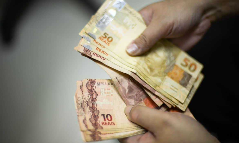 Empréstimo consignado ao INSS: Vale a pena? Quais as taxas? Onde contratar?