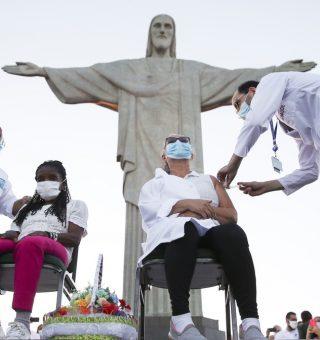 Prefeitura do RJ suspende calendário de vacinação após faltar doses do imunizante