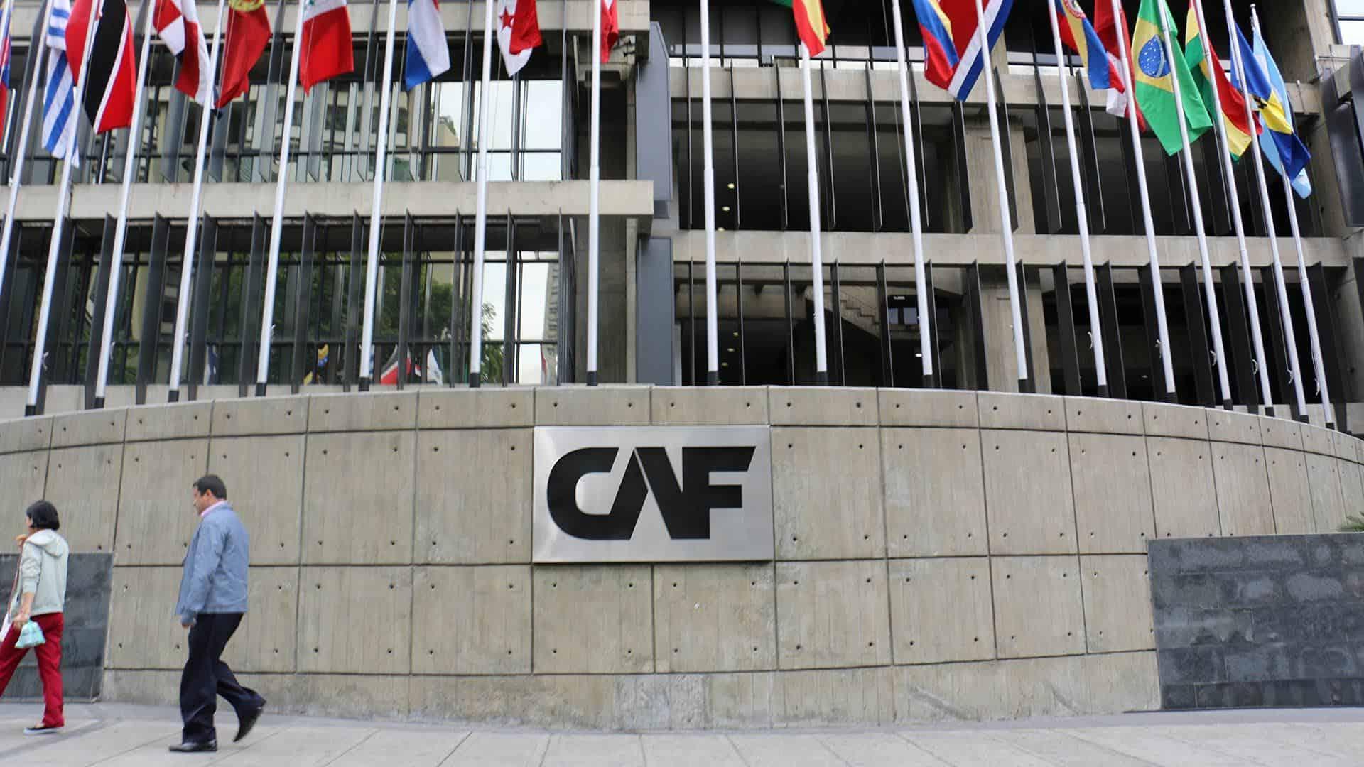 Banco CAF abre inscrições para vagas de emprego em diferentes níveis
