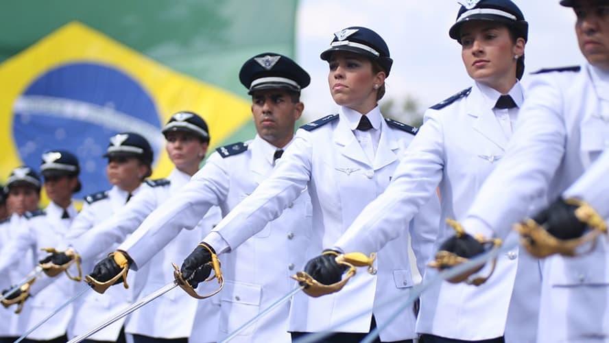 Concurso da Aeronáutica prorroga inscrições com 83 vagas de emprego