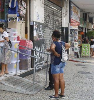 Comércio do Ceará passa a funcionar em novo horário a partir desta segunda (12)