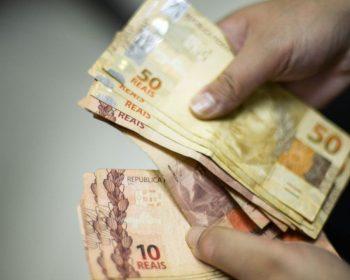 Vale a pena antecipar restituição do Imposto de Renda? Entenda como funciona