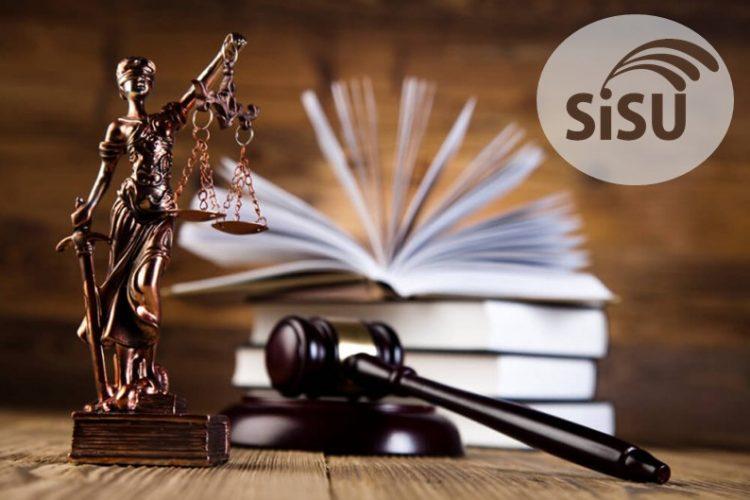 Nota do ENEM necessária para conseguir estudar Direito pelo SiSU; confira!