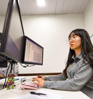 Vagas de estágio IEL: Salário de R$ 2 mil para estudantes de nível médio ao superior